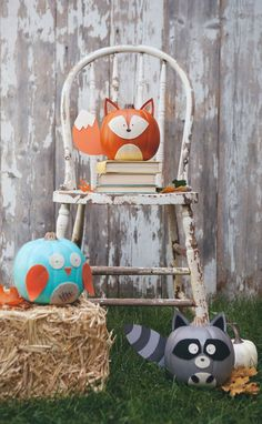 These Woodland Creature No-Carve Pumpkins are the perfect way to dress up your…