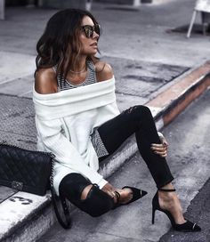 23.5K vind-ik-leuks, 89 reacties - LIKEtoKNOW.it (@liketoknow.it) op Instagram: 'Layer up your date night attire with layered up off-the-shoulder and striped detail a la…'