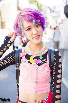Rikarin and Sebone on the street in Harajuku with... | Tokyo Fashion