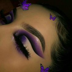 60 Amazing Makeup Trends You Need To Try No. 32 Summer Makeup Looks Amazing Makeup Trends Makeup Eye Looks, Cute Makeup, Pretty Makeup, Skin Makeup, Eyeshadow Makeup, Amazing Makeup, Eyeshadows, Purple Makeup Looks, Easy Makeup