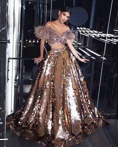 65 Stylish and Trendy Blouse Designs For Saree and Lehenga - Tikli Indian Gowns Dresses, Indian Fashion Dresses, Indian Designer Outfits, Fashion Outfits, Prom Dresses, Wedding Dresses, Instagram Look, Looks Adidas, Wedding Lehenga Designs