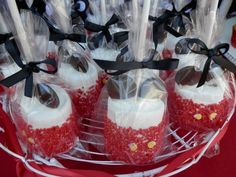 Marshmellow pops Mimi Y Mickey, Minnie Y Mickey Mouse, Fiesta Mickey Mouse, Mickey Mouse Parties, Mickey Party, Mickey First Birthday, Mickey 1st Birthdays, Mickey Mouse Clubhouse Birthday Party, 2nd Birthday