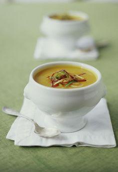 #pintowingofeminin   Apfel-Kürbis-Suppe - Heiße Suppen-Rezepte für Herbst & Winter