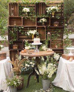 O rústico e o greenery  Corre pra ver o casamento botânico e a paleta de cores no blog!