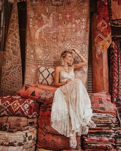 [New] The 10 Best Home Decor (with Pictures) - No place inspires an appreciation of beauty quite like Marrakech destination of nomads and expats. Mehraban has deep roots in Morocco trading with the Atlas mountain tribes since the mid century! Photo by Instagram Girl Photo, Instagram Girls, Foto E Video, Photo And Video, Destination Wedding Welcome Bag, Destinations, Wanderlust, Moroccan Style, Girl Photography