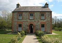 Irish farmhouse by John Quinn    Irish 19th century farmhouse in Bunratty Folk Park, county Clare