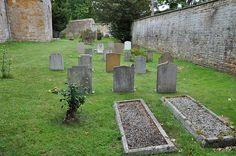 Adlestrop churchyard -180
