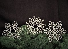 Chipboard lace snowflakes Chipboard, Snowflakes, Lace, Crafts, Jewelry, Products, Manualidades, Jewlery, Snow Flakes