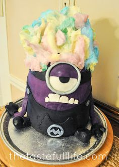 AMAZING Despicable Me Birthday Cake