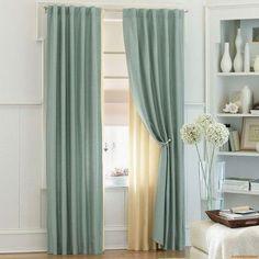 cortina azul com forro beje