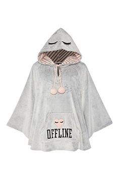 Primark Saffron Barker Ladies Poncho Hoodie with Hood Offline Size Large Outfits For Teens, Summer Outfits, Girl Outfits, Cute Outfits, Fashion Outfits, Saffron Barker Merch, Primark, Champion Clothing, Fleece Poncho