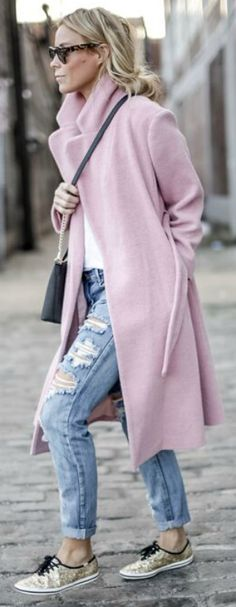 Mary Seng pairs a gorgeous baby pink coat with distressed jeans and sneakers. Coat: Kate Spade New York, Tee: Madewell, Jeans: One Teaspoon.