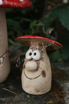 Fliegenpilz Gartenkeramik & Etsy The post Fly mushroom garden ceramics appeared first on Trendy. Ceramic Pottery, Ceramic Art, Cerámica Ideas, Pottery Courses, Ceramic Workshop, Pottery Store, Hand Built Pottery, Pottery Tools, Japanese Ceramics