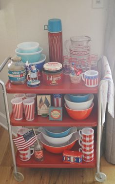 The adventures of two (Pyrex crazy) thrifting sisters........: Happy Red, White, & Blue!
