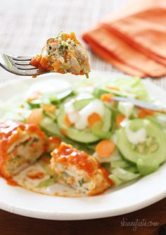 Stuffed Buffalo Chicken Breasts- Chicken breast stuffed with cheese, shredded carrots and minced celery, then rolled, breaded, baked and drizzled with hot sauce. Healthy Cooking, Healthy Eating, Cooking Recipes, Healthy Recipes, Pollo Buffalo, Buffalo Chicken, Healthy Stuffed Chicken Breast, Healthy Chicken, Turkey Recipes