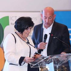 Sarolta Besenyei, Managing Partner Urban Intelligence si Radu Cazan la Smart City Convention