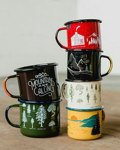 Meet the newest additions to the United By Blue enamelware fam. Lernen Sie die neuesten Produkte der United By Blue-Familie kennen. Coffee Shop, Coffee Cups, Cute Mugs, Camping Hacks, Diy Camping, Camping Kitchen, Camping Guide, Camping Ideas, Kitchen Tent