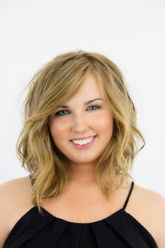 How-To: Long to Medium Choppy Bob Makeover by Ruth Roche