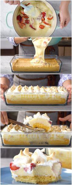 Torta de Morango na Travessa: uma delícia IRRESISTÍVEL! (veja a receita passo a passo) #torta #morango #tortademorango #tortanatravessa #tastemade