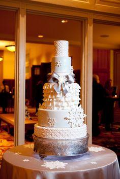21-Winter Wonderland Cake