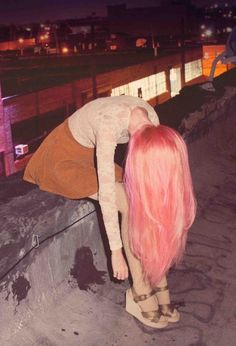 the pink hair <3