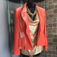 J Crew metallic blouse Look amazing this holiday in this feminine peachy metallic gold cowl neck blouse! Perfect type of sleeveless top to wear to the holiday office party or to be worn simply to the office, it's your choice! Size 4 and in flawless condition! J Crew Tops Blouses