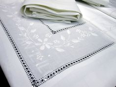 The company is famous for professionally producing for export embroidery products, EMBROIDERY VIET has a good capacity to provide both completed export products or prefabricated products at lowest costs and timely supply. White Embroidery, Embroidery Stitches, Hand Embroidery, Embroidery Designs, Linen Bed Sheets, Embroidered Bedding, Cotton Bedding Sets, Drawn Thread, Bed Sheet Sets