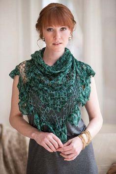 Gorgeous Broomstick lace crochet shawl. Crochet So Lovely: Crochet Shawl