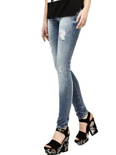 EUR129.90$  Buy now - http://villb.justgood.pw/vig/item.php?t=tmcgdg9504 - SKINNY JEANS WITH ABRASIONS