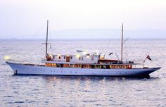 """The 1902 yacht M/Y Madiz, featured in the Agatha Christie's Poirot television production of the """"Problem at Sea. Big Yachts, Super Yachts, Luxury Yachts, Yacht Design, Boat Design, Classic Wooden Boats, Classic Boat, Agatha Christie's Poirot, Make A Boat"""