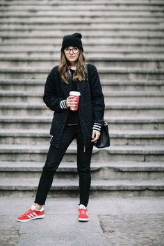 COMFY OUTFIT + HOT CHOCOLATE - Lovely Pepa by Alexandra. White t-shirt+black knit seater+black ripped denim+red and white sneakers+black bomber jacket+black handbag+black knit beanie. Fall Everyday Outfit 2016