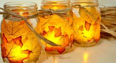 Autumn Leaf Mason Jar Candle Holder diy mason jar crafts for fall - Diy Fall Crafts Pot Mason Diy, Fall Mason Jars, Mason Jar Crafts, Mason Jar Candle Holders, Mason Jar Candles, Diy Candles, Fall Candles, Fall Lanterns, Scented Candles