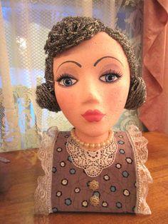 Retro Style Mannequin Head Susie-Q