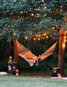 «Lega un albero di fico nel modo in cui dovrebbe crescere e quando sarai vecchio potrai sederti alla sua ombra.» (Charles Dickens)   www.ecomarket.eu