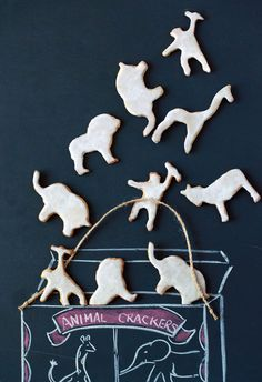 Homemade Animal Crackers Recipe by @davidleite LeitesCulinaria.com | #cookies #kidfriendly