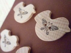 Wooden Bird Shaped Buttons - Butterfly Bird Collection by dollie