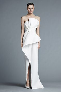 So in love with this architectural white wedding dress from the J.Mendel Spring 2015 bridal collection!