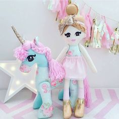 """ Made some progress on Liv's Christmas list. The ever sensational @butterfly.belle doll and unicorn set. I am in love """