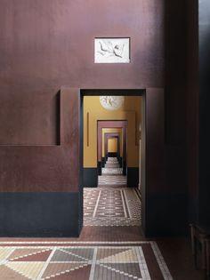 http://www.petrabindel.com/SE-cabinetmakers-autumn-exhibition-No-1