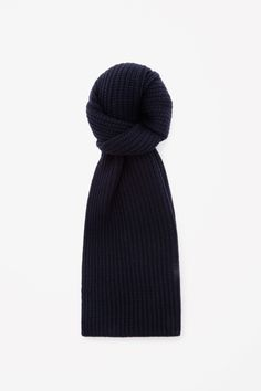 COS | Chunky wool scarf I like it !
