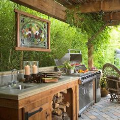 70 Awesomely clever ideas for outdoor kitchen designs! (image via Better Homes & Gardens)