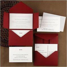 Invitaciones de 15 años en color rojo oscuro