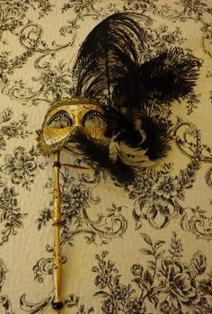 A Touch of Vintage - Masquerade Wedding Pieces