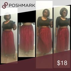 Fab summer into fall skirt CLEARENCE Fab summer into fall skirt elastic waist Above ankle length maxi  Style tip : Wear the skirt in fall with a long sleeve thin sweater.  Or now with a tank top or sheer blouse. Angee Skirts