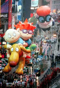day Macy's Thanksgiving Parade In The Was Pure Perfection Macys Thanksgiving Parade, Happy Thanksgiving, Thanksgiving Blessings, Vintage Thanksgiving, Cartoon Network, 26 November, The Balloon, Vintage Toys, Vintage Circus
