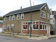 """The Chip Inn, one of Chicagoist's """"16 Best Old Man Bars"""" (Chicago Pin of the Day, 5/14/2015)."""