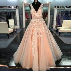 PBlush Pink Ball Gown Vestidos De 15 Anos 2017 QuinceanV Neck Blush Pink Lace Ball Gown Prom Dress Quinceanera Dresses LD082 V Neck Blush Pink Lace Ball Gown Prom Dress Quinceanera Dresses LD082