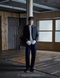 Lee Sang Yoon   이상윤   D.O.B 15/8/1981 (Leo)