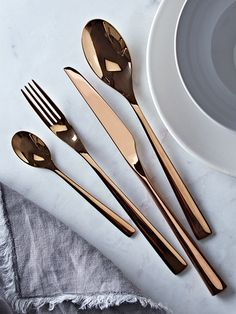 NEW Elegant Copper Cutlery Set - Tableware - Kitchen Copper Kitchen, New Kitchen, Kitchen Dining, Kitchen Stuff, Dining Room, Copper Cutlery, Cutlery Set, Flatware, Kitchenware
