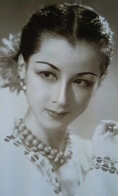 Japanese Film, Japanese Beauty, Asian Beauty, Feminine Face, Beautiful People, Beautiful Women, Japan Fashion, Japanese Culture, Cute Woman